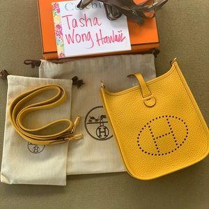 Hermes Evelyne Mini Tpm size in color Jaune Amber